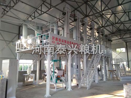哈尔滨30吨级小米加工设备安装案例